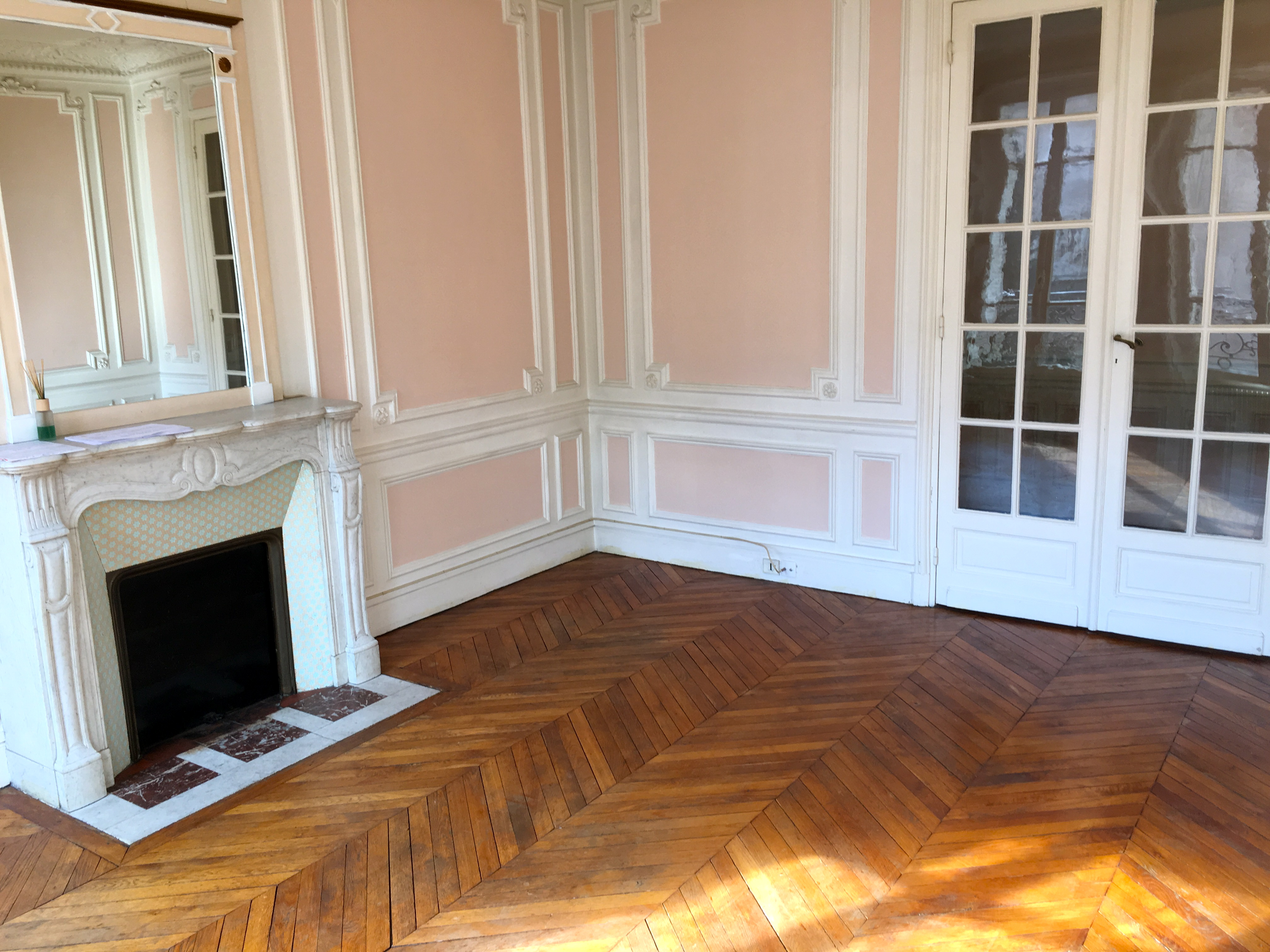 Location appartement paris trocad ro mathias cayron - Appartement atypique paris location ...